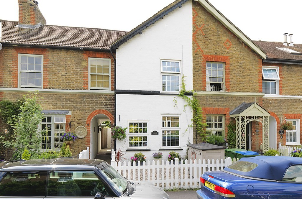 SOLD ! Ferry Road, Thames Ditton, KT7
