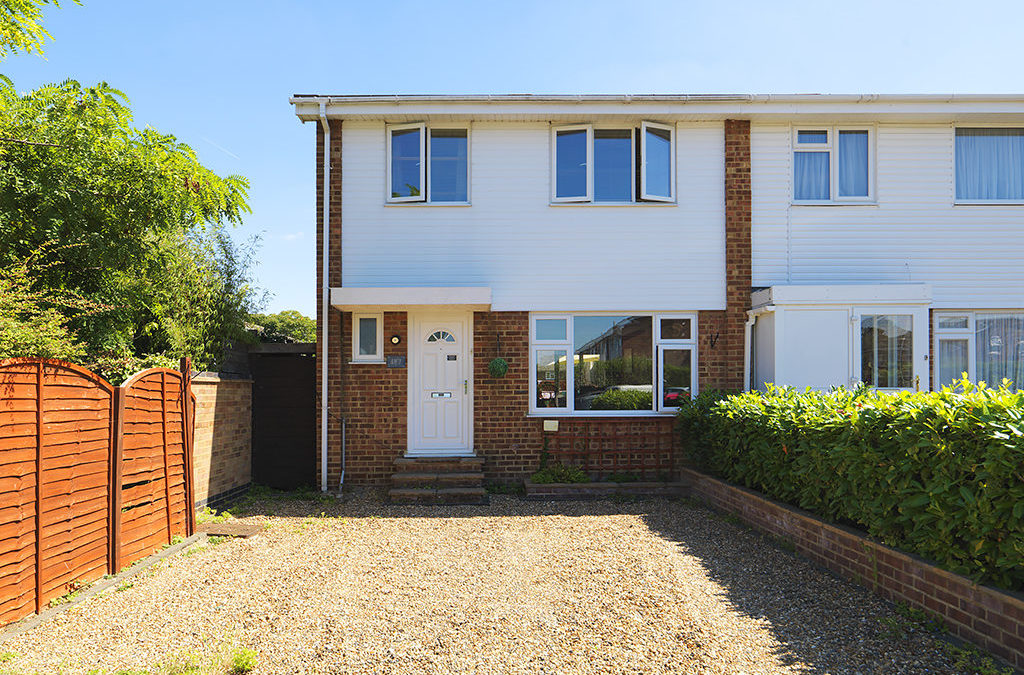 SOLD ! Fleetside, West Molesey, KT8 | Ivy Gate