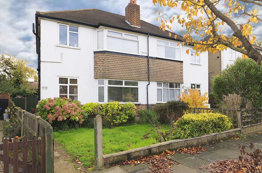 SOLD ! Villiers Close, Surbiton, KT5 | £339,950
