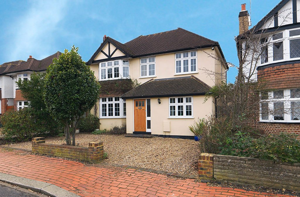 SOLD! GREENWOOD ROAD, THAMES DITTON, KT7 £995,000